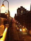 Улицы Нью-Йорка на ноче Стоковая Фотография