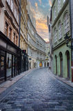 Улицы старого города в раннем утре Стоковые Фотографии RF