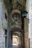 Улицы Kotor, Черногории Взгляд на старом городке ЮНЕСКО городка внутри Стоковое Изображение RF