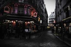 улицы paris montmartre стоковое изображение rf
