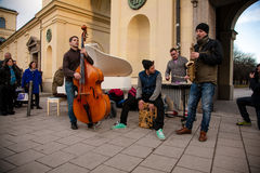 Уличные исполнители в Munchen Стоковые Фото