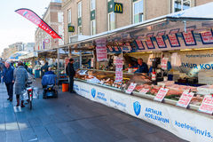 Уличный рынок в Эйндховене, Нидерландах стоковое изображение rf