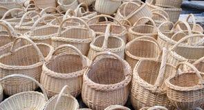 Уличный рынок корзины Wicker handmade деревянный diy Стоковая Фотография