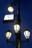 Уличный свет с часами Стоковое фото RF