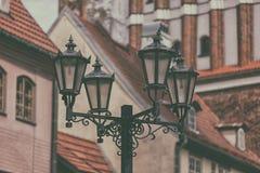 Уличный фонарь в старой Риге Стоковые Изображения