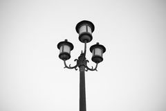 Уличный фонарь на черно-белом Стоковые Фото