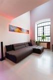 Удобная живущая комната стоковые изображения rf