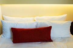 Удобные мягкие подушки Стоковые Фотографии RF