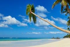 Улучшите белый пляж песка на Boracay, Филиппинах Стоковое Изображение