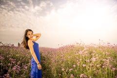 Улыбка с лавандой Стоковые Фотографии RF