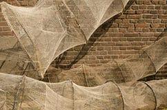 Удя бак на стене Стоковая Фотография