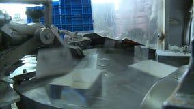 Фабрика масла упаковывая акции видеоматериалы