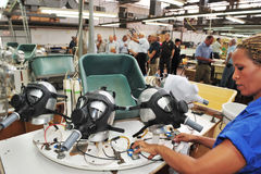 Фабрика масок противогаза Стоковая Фотография