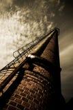 фабрика печной трубы старая Стоковое фото RF