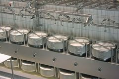 фабрика сыра стоковые изображения rf