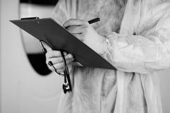 Файл стетоскопа доктора черно-белый Стоковое Изображение RF
