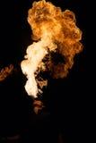 Факир дышает спуртами пламени стоковые фотографии rf