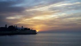 Фальшборт Candelaria на заходе солнца Кадисе Испании стоковое изображение