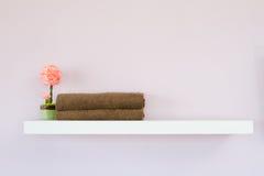 фальшивка цветет полотенце стоковые изображения