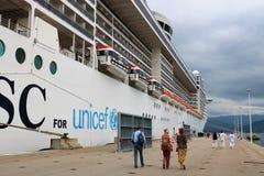 Фантазия MSC туристического судна в Аяччо, Франции стоковые изображения rf