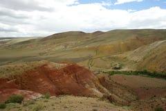 Фантастический марсианский ландшафт повреждает Красные горы Стоковые Изображения RF