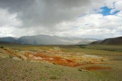 Фантастический марсианский ландшафт повреждает Красные горы Стоковое Изображение RF
