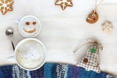 Фантастичные каникулы зимы времени перерыва на чашку кофе Стоковая Фотография RF