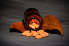 Фармацевтическая темная концепция стоковая фотография rf