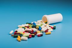 фармацевтические пилюлька и таблетки Стоковое Изображение RF