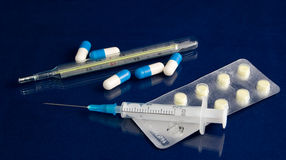 фармацевтический комплект Стоковые Фотографии RF