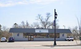 Фармация главной улицы, Браунсвилл, Теннесси стоковое изображение rf