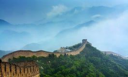 Фарфор Великой Китайской Стены badaling в дожде стоковое фото rf