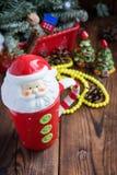 Фарфор и украшения кружки рождества & Санты керамические стоковое фото