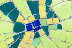 Фарфор соединяет предпосылку мозаики сделанную из сломленного фарфора стоковые изображения
