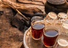 фарфор dishes свежее время чая клубник фарфора Стоковые Фотографии RF