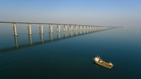 Фарфор qingdao bridg Jiaozhouwan стоковая фотография