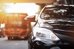 Фары крупного плана черного автомобиля Стоковое Изображение RF