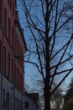 фасады города неба захода солнца голубые оранжевые Стоковые Изображения RF