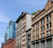 Фасады Манхаттана стоковые изображения
