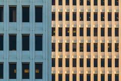 Фасады 2 небоскребов офиса, Атланты, США Стоковые Изображения