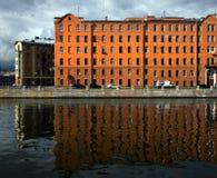 Фасады Санкт-Петербурга Обваловка реки Moika Россия стоковая фотография