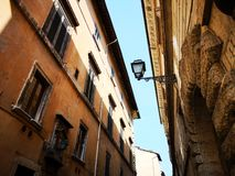 Фасады старых зданий Рима стоковая фотография rf
