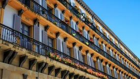 Фасад главной площади San Sebastian, Басконий стоковые изображения