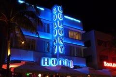 Фасад гостиницы колонии в Miami Beach стоковые фотографии rf