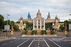 Фасад национального музея изобразительных искусств Каталонии стоковые изображения