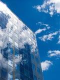 фасад обшивает панелями солнечное Стоковые Изображения