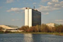 Фасад самомоднейшего дома Стоковые Изображения RF