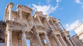 Фасад старой библиотеки Градуса цельсия в Ephesus Timelapse, Турции сток-видео