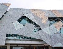 Фасад песчаника декоративный на поданном квадрате Стоковое Изображение RF
