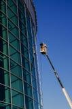 Фасад ремонта построителей на кране Стоковые Изображения